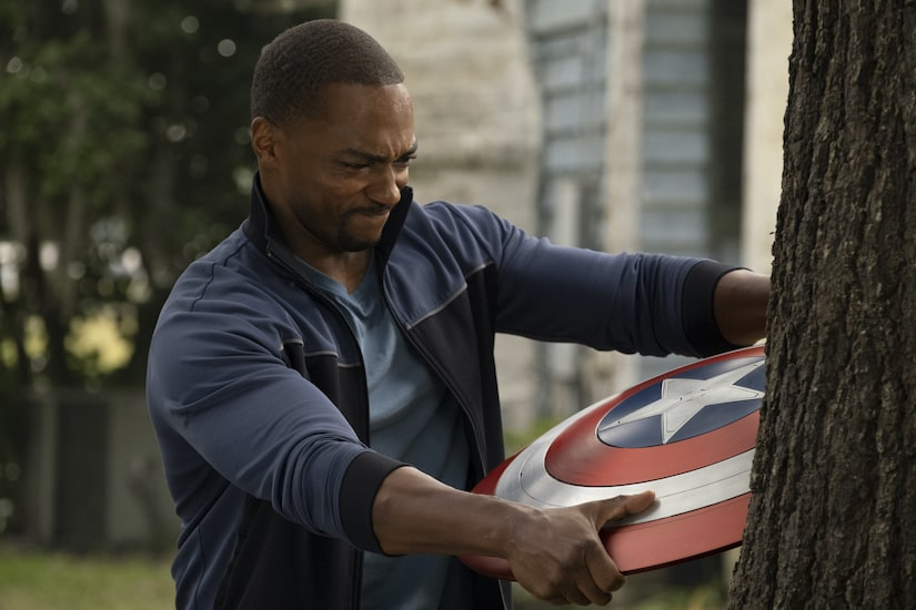 Anthony Mackie Reacts to 'Captain America 4' Rumors, Plus: Playing Dual Roles in 'Solos'