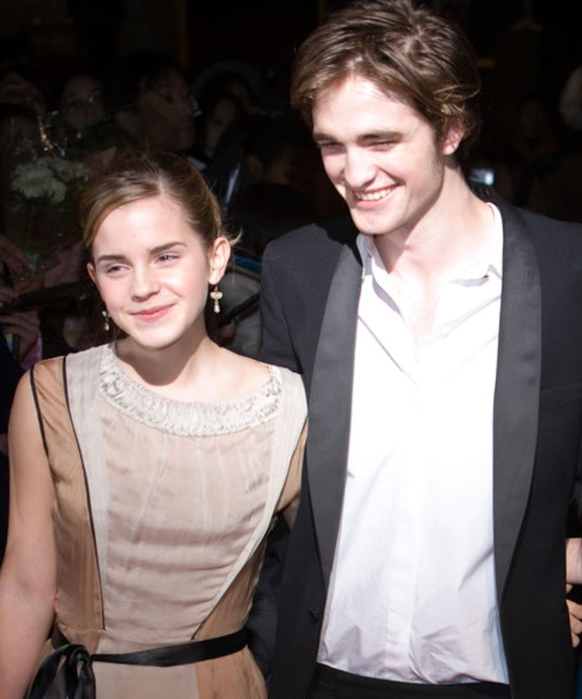 Rumor Bust Robert Pattinson Emma Watson Are Not Dating
