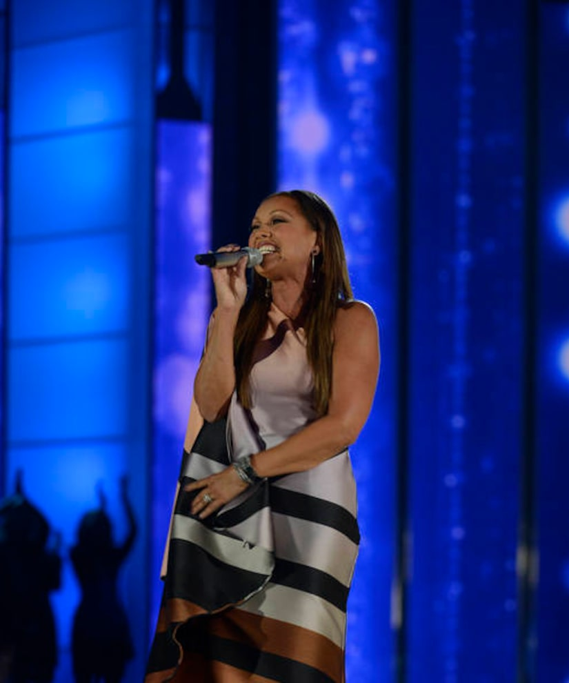 Ex-Miss America who replaced Vanessa Williams says apology